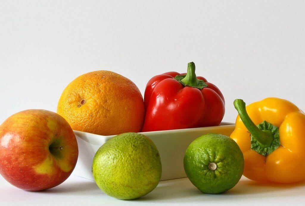cibi che aiutano a rimanere incinta frutta e verdura